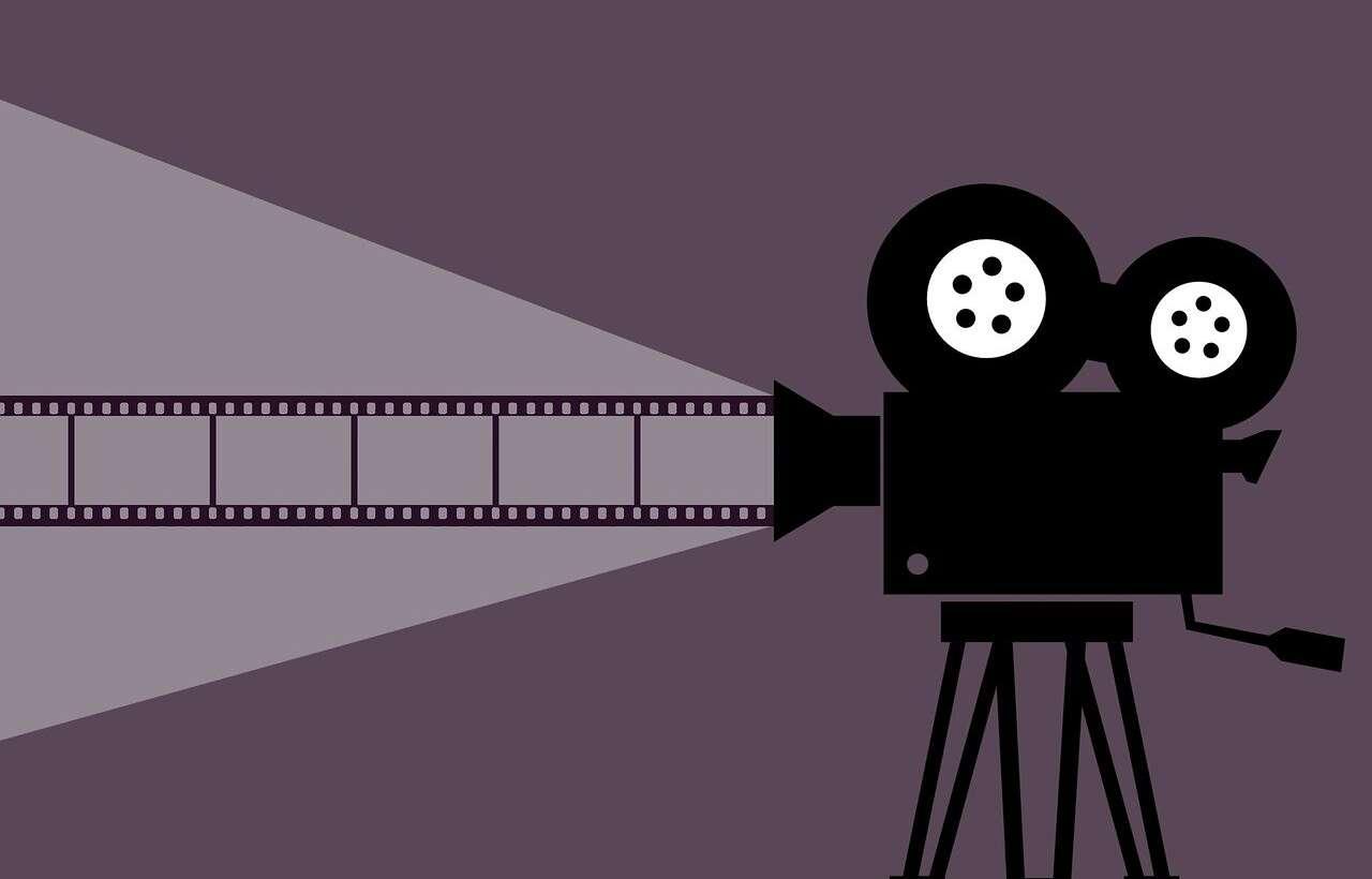 Comment installer un vidéoprojecteur chez-soi ?